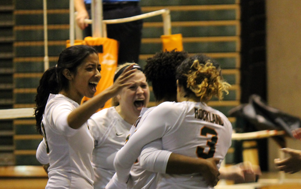 Rockland Volleyball celebrates after advancing to Region XV semis